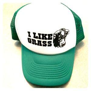 """I Like Grass"" trucker hat."